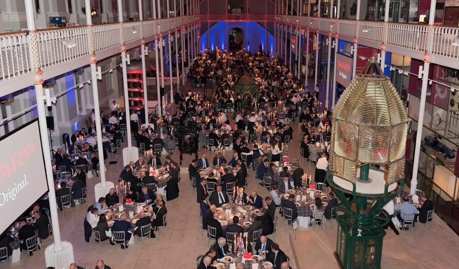 Corporate dinner at the National Museum of Scotland for 750 pax.